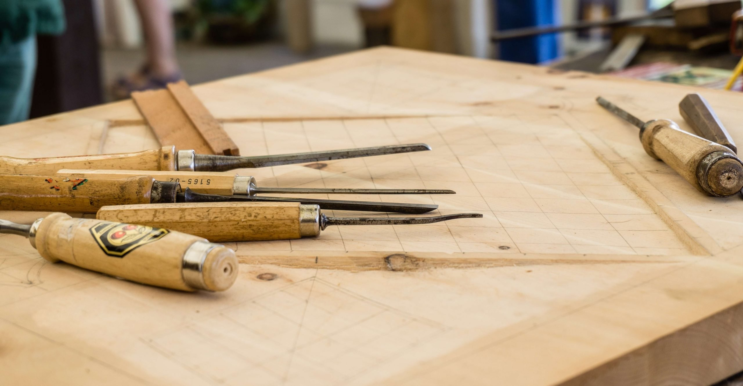 30 DIY Carpentry Projects For Beginners